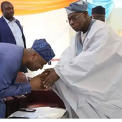 Tinubu, Saraki, Atiku, Jonathan And Other Top Politicians Bowing To Greet Obasanjo (Photos)