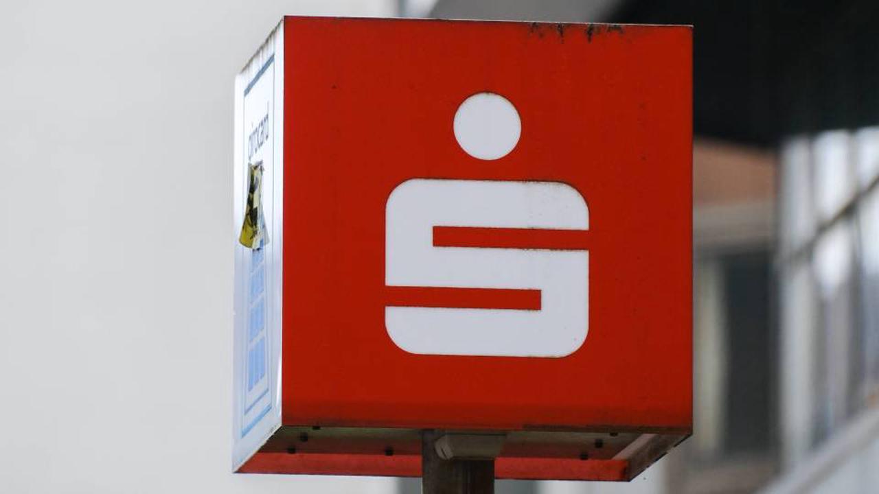 Sparkasse: Achtung - DIESE Kunden könnten ihr Konto verlieren