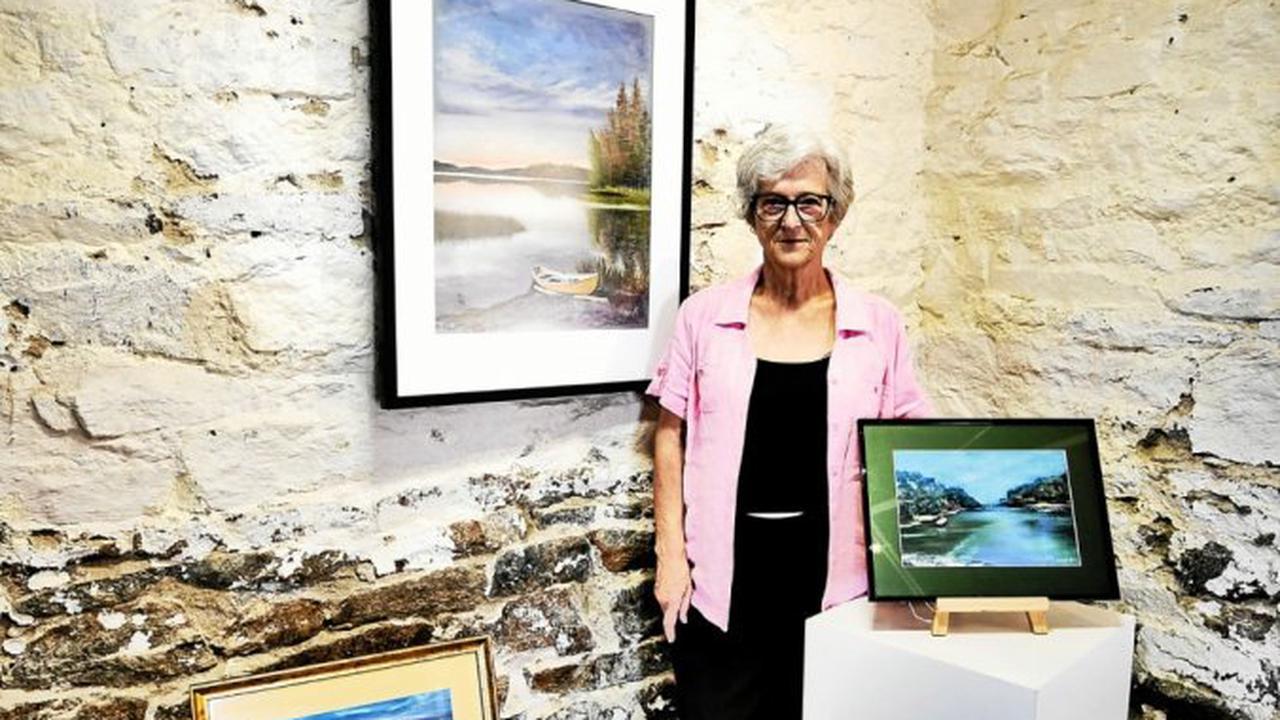 Concarneau - Annik présente ses paysages de pastels