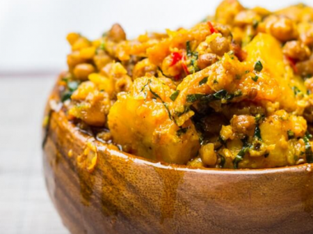 Checkout The Main Ingredients Needed To Cook Beans And Plantain Pottage