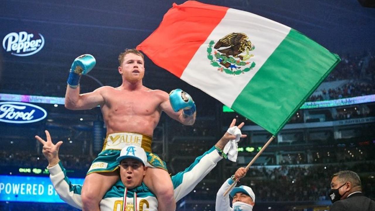 Boxe: Ce qui n'a pas été vu du combat entre Canelo Álvarez et Billy Joe Saunders: Les meilleurs coups et la célébration de l'équipe Canelo