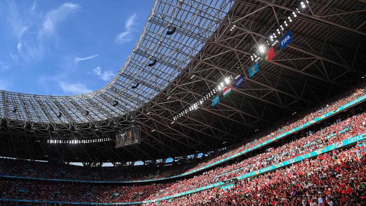 [VIDEO] Euro de football : les Bleus dans la fournaise de Budapest