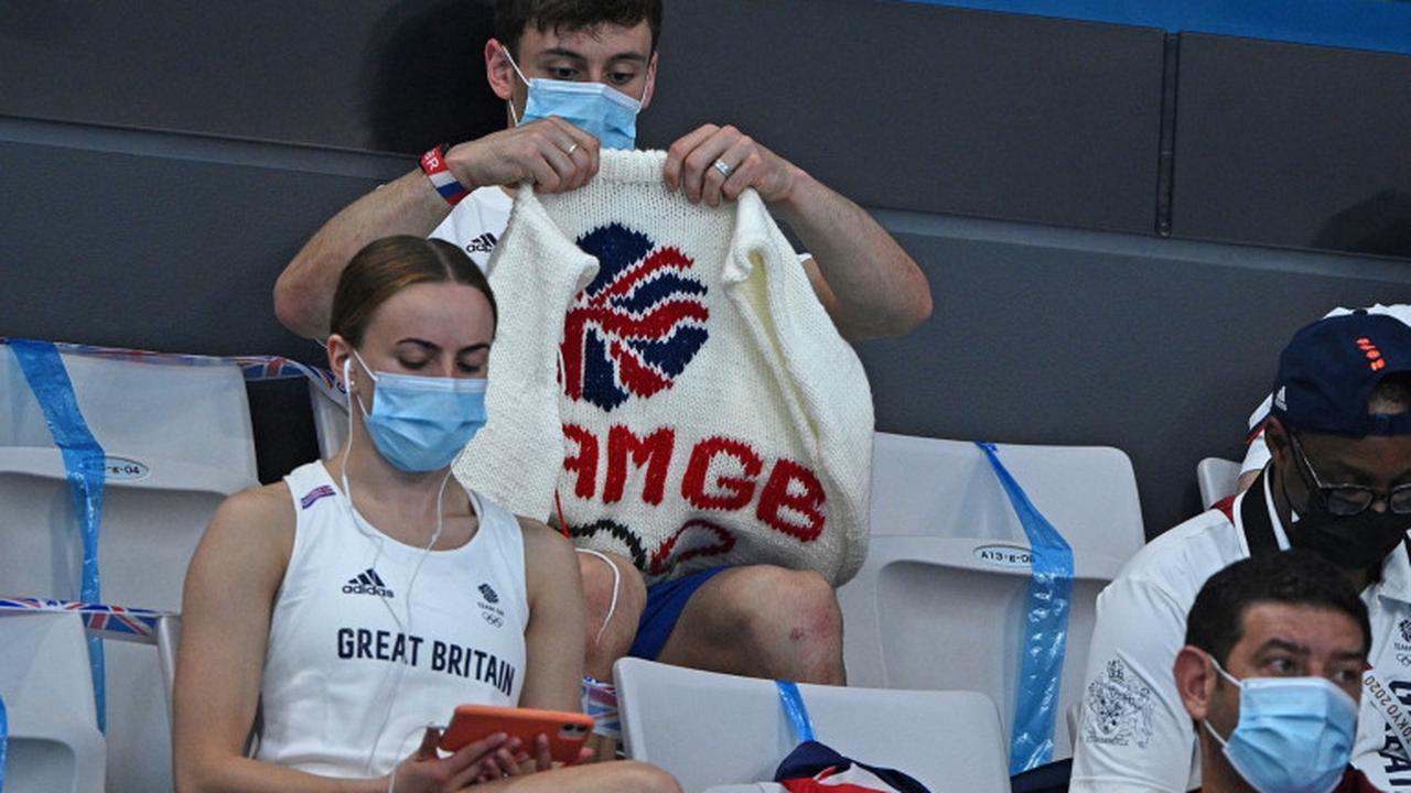 À Tokyo, ce champion olympique qui tricote en tribune