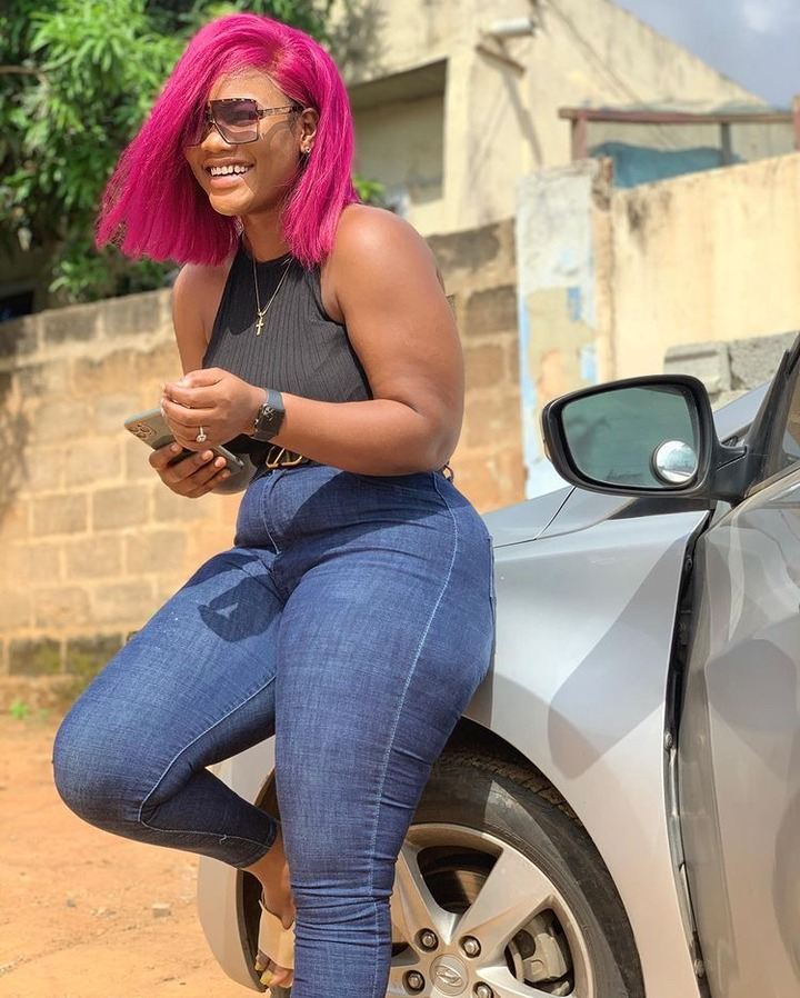 b832dec925e848858a2df13228958773?quality=uhq&resize=720 - Meet Akua Ababio, The Beautiful Lookalike Sister Of Sandra Ababio Causing Confusion With Her Beauty