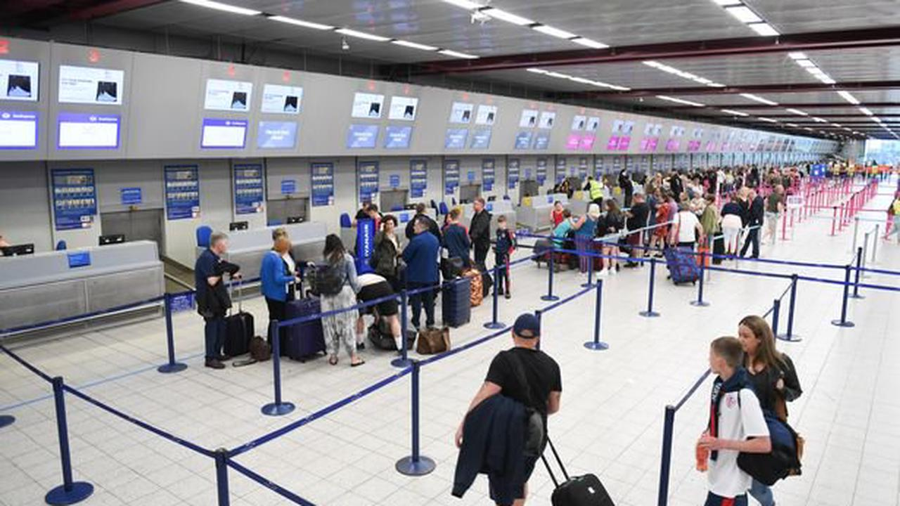 Travel news on Thursday could end quarantine for people who have had jab