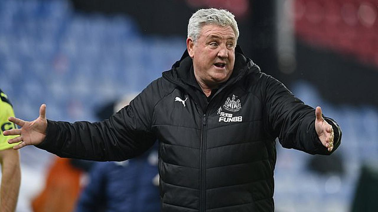 Steve Bruce admits heavy criticism is hurting his Newcastle players but urges them to create siege mentality and 'shut a few people up' as he targets a top 10 finish