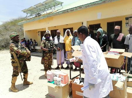 Hundreds Benefit From Free AMISOM Medical Services in Gedo Region