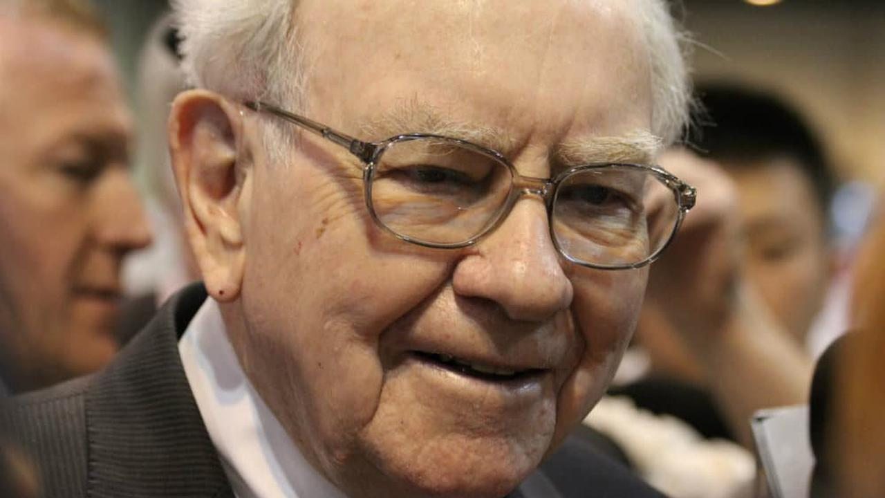 How I'd invest £1,000 with 3 lessons from billionaire Warren Buffett