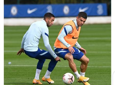 Hakim Ziyech And Christian Pulisic Pictured In Chelsea Training Ahead Of Southampton Clash.