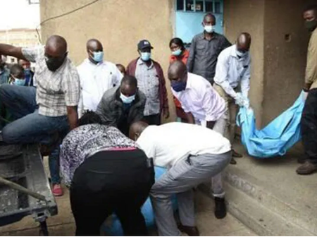Man Takes Head Of His Aged Grandma He Chopped To The Police Station