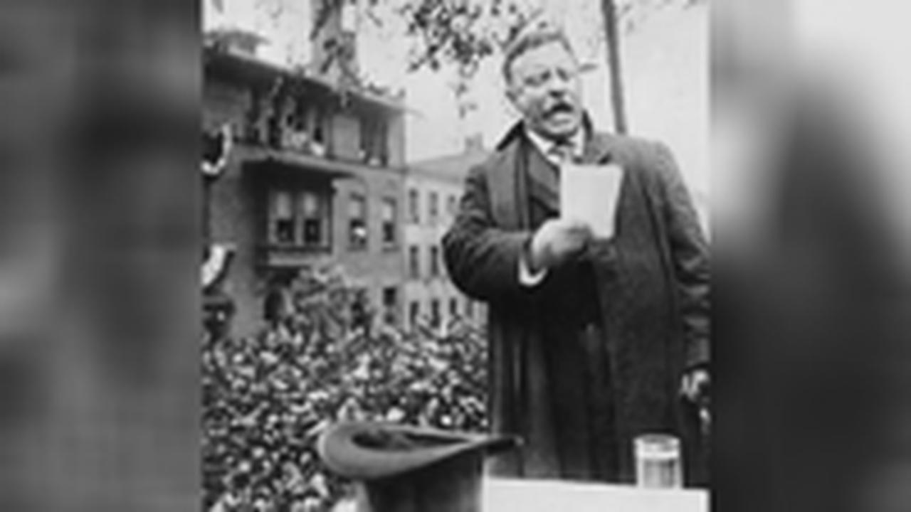 1912: North Dakota holds first presidential primary