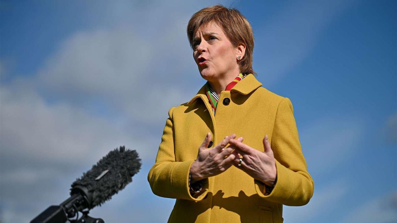 Sturgeon's 'No' to working with Salmond