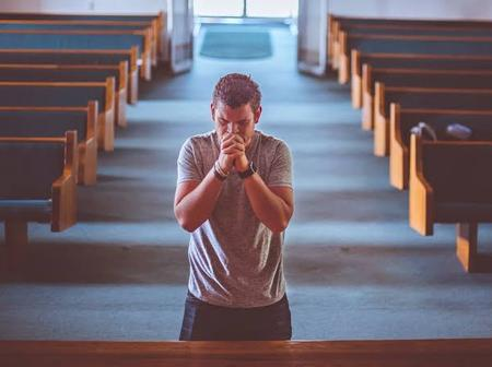 OPINION: 2 Types of Prayers and Bible Verses That You Can Use To Attract God's Favour