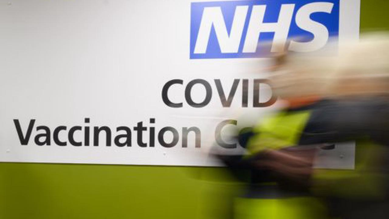Mass vaccination of health and social care workers begins in Glasgow