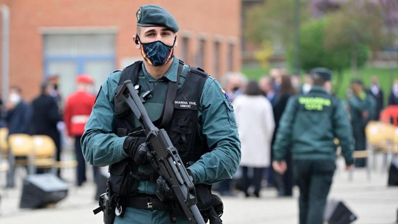 Un mort et deux blessés en Espagne, enquête ouverte pour terrorisme