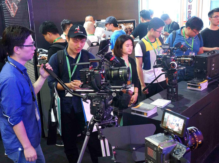 Internet fuels innovation for China's film and television products