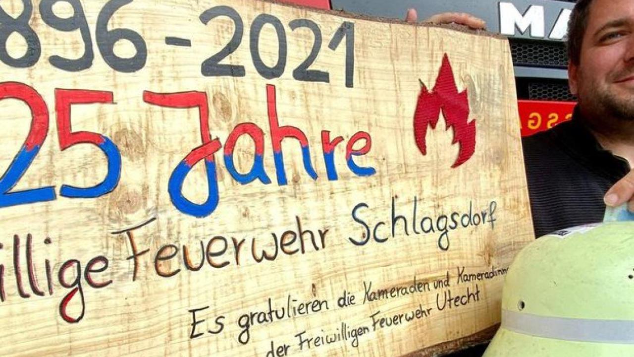 Schlagsdorf: Feuerwehr kann nach Jubiläum rund 2300 Euro an Flutopfer spenden