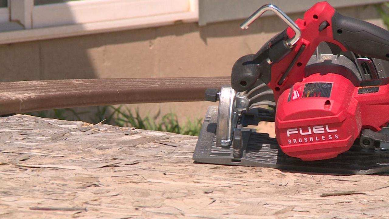 Neb. widow fights for refund from contractor that refuses to finish project
