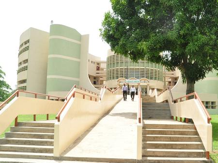 Top 6 Largest Universities in Nigeria