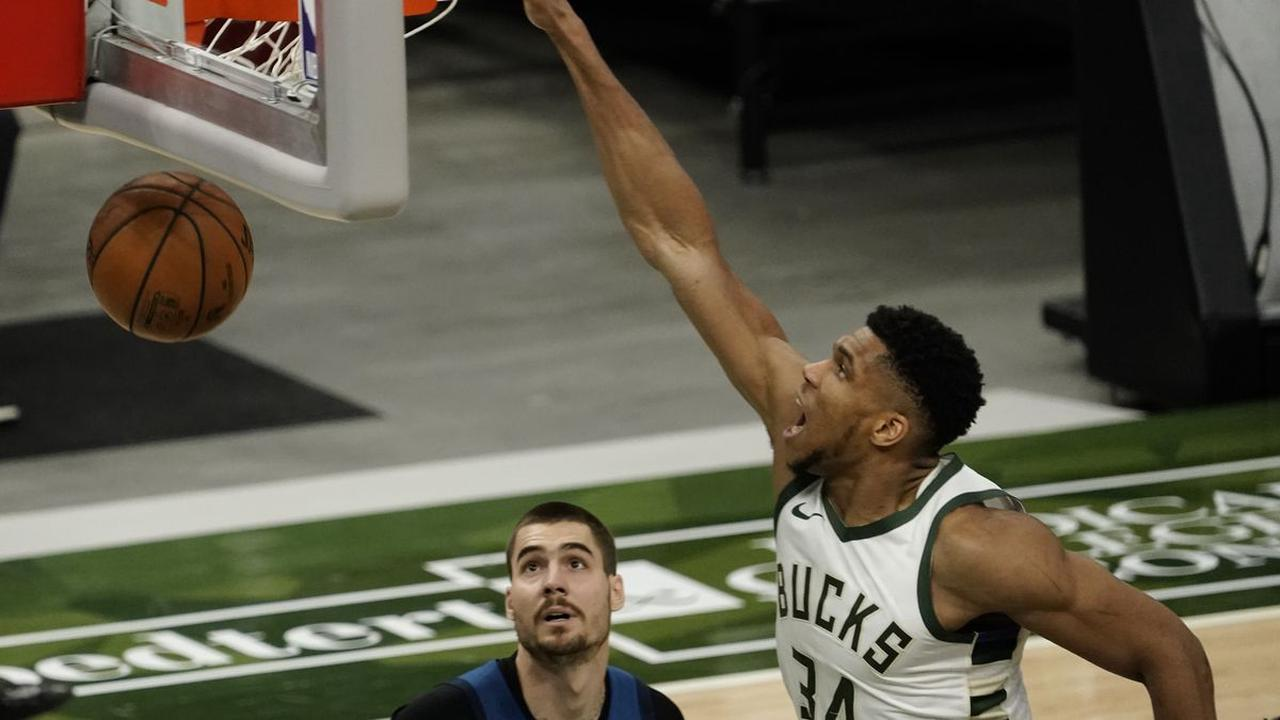 Milwaukee's Giannis Antetokounmpo (knee) questionable for Wednesday's matchup against Minnesota