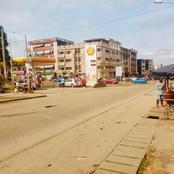 Abidjan : les immeubles sans parkings auto, les populations en souffrent