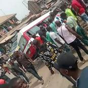 See how AKTC bus crashed into university students today (Video)