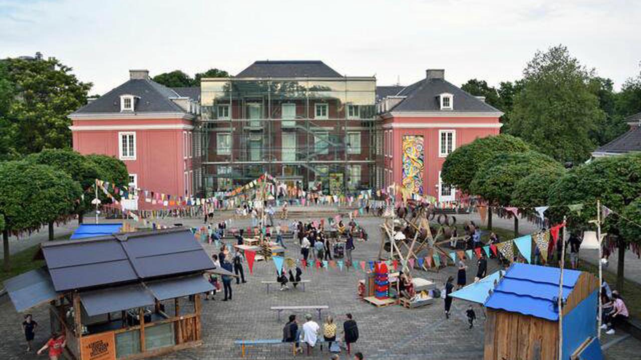 """Museum under construction: Heiner Meyer erzählt zu """"Rote High Heels für das rosa Schloss"""""""