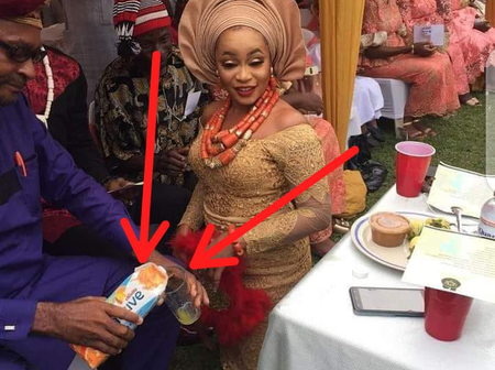 Look At What People Noticed In This Igbo Traditional Marriage That Sparked Reactions