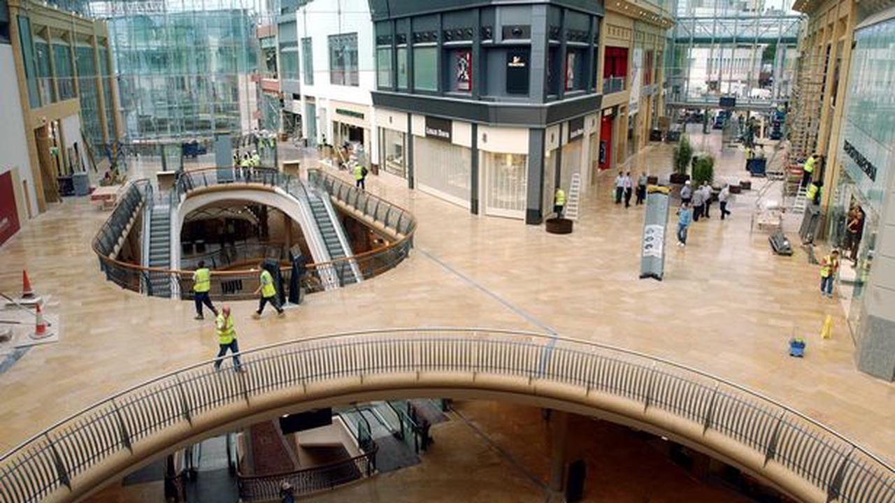 Shopping centre to reopen with longer hours and outdoor seating