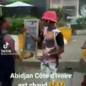 Yopougon Siporex : un vendeur de plumes de poulet aperçu dans les rues choque la toile
