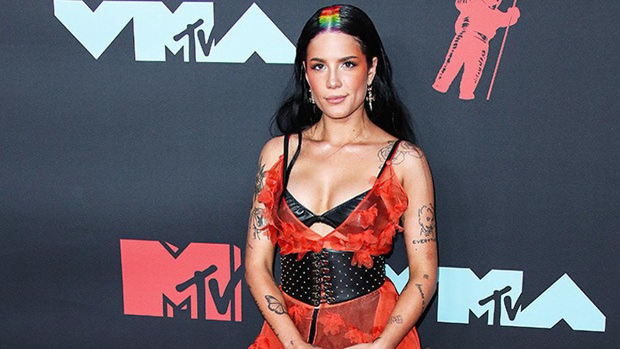 Halsey Apologizes For Not Including Trigger Warning With Pic Of Her Body During Eating Disorder