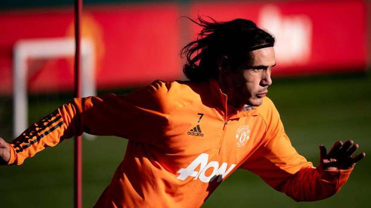 Solskjaer sends message to Cavani as he extends Man Utd contract