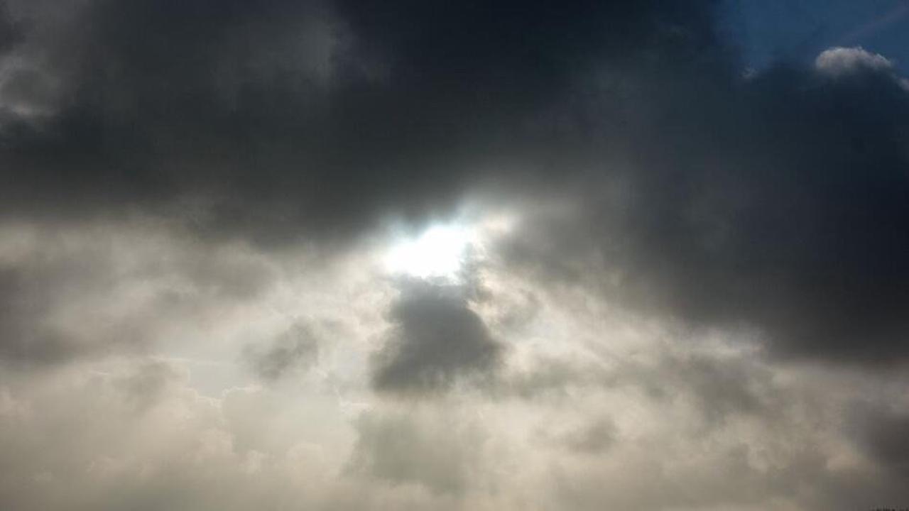 Wechselhaftes Wochenende in NRW: Sonntag vereinzelt Gewitter