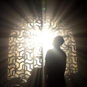 رجل كان رسول السماء جبريل ينزل الى النبى فى هيئته فمن يكون؟