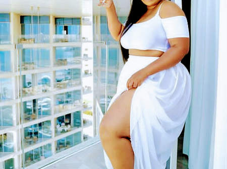 Check Out Pictures Of Plus-sized And Curvy Lady That's Generating Mixed Reactions Online.