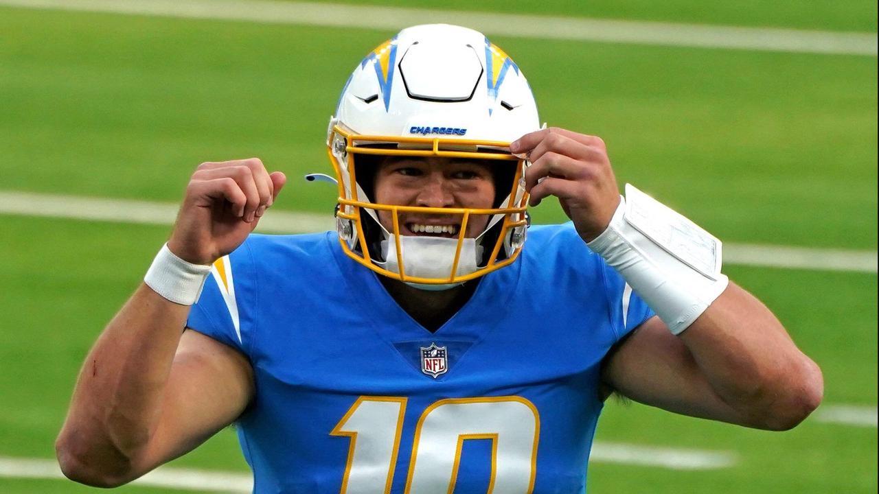 Week 17 NFL Rookie Power Rankings: Tristan Wirfs jumps into top 3 behind pair of Justins (Herbert, Jefferson)
