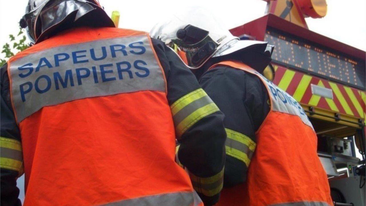 Dans l'Eure, un motard et un conducteur en urgence absolue après un accident de la route