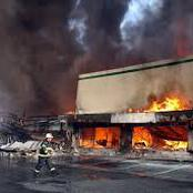 Mårvél Thé-gødd Tweeted:I Thought The Youths Were Against The Government While Burning Innocent Stores