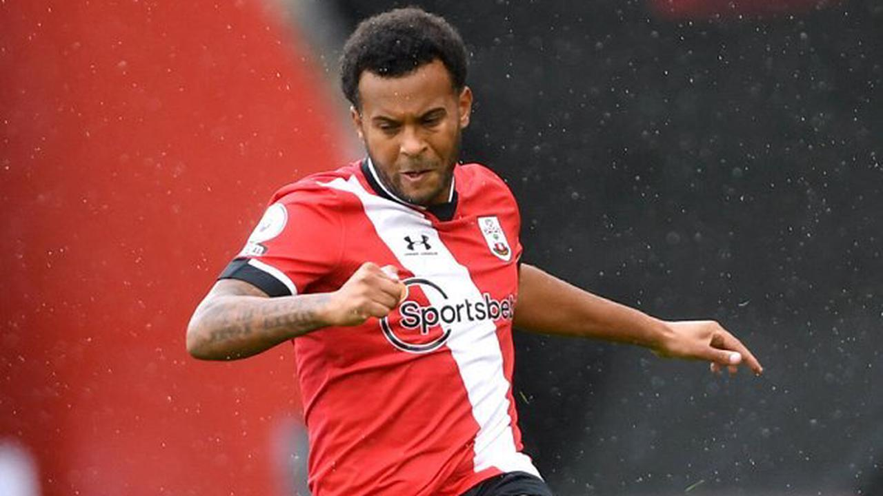 Leicester leading Arsenal in race for ex-Southampton left-back Bertrand