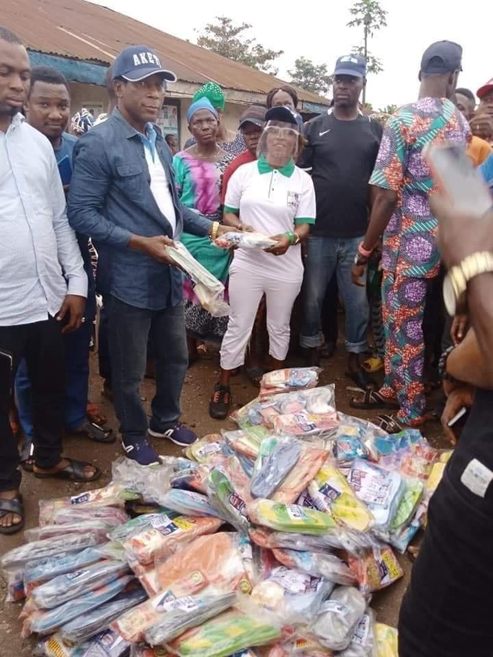 nigerians in shock as akeredolu distribute slippers, ludo and bread ahead of upcoming elections Nigerians In Shock As Akeredolu Distribute Slippers, Ludo and Bread Ahead of Upcoming Elections bf7acf702b445a8a3f7be616b96d042c quality uhq resize 720 nigerians in shock as akeredolu distribute slippers, ludo and bread ahead of upcoming elections Nigerians In Shock As Akeredolu Distribute Slippers, Ludo and Bread Ahead of Upcoming Elections bf7acf702b445a8a3f7be616b96d042c quality uhq resize 720
