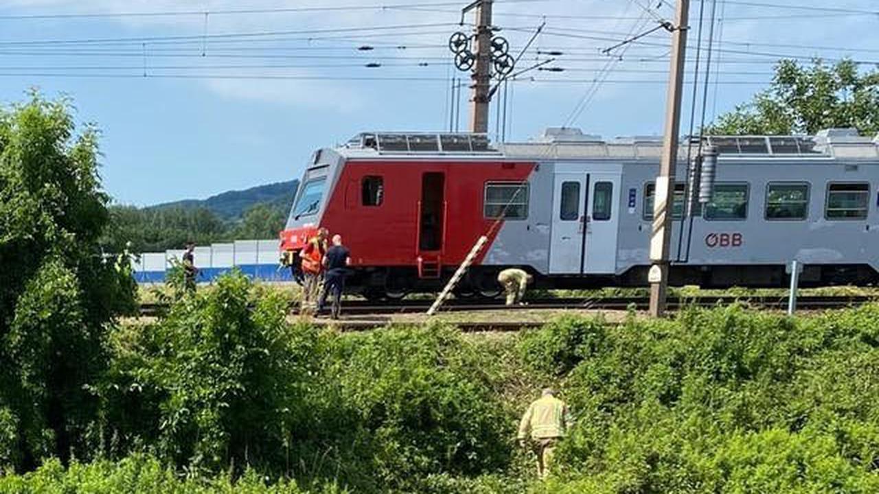 Mann von Zug erfasst - wird darunter eingeklemmt