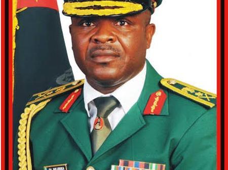 Azubuike Ihejirika Jonathan's Army Chief, Finally Joins The APC