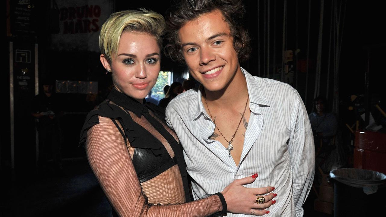 Miley Cyrus Cops Another Harry Styles Magazine So She Can Immediately Add It to Her 'Collection'