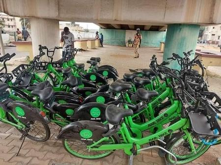 PHOTOS: Governor Seyi Makinde Procures Bicycles For Movement Within Oyo Secretariat