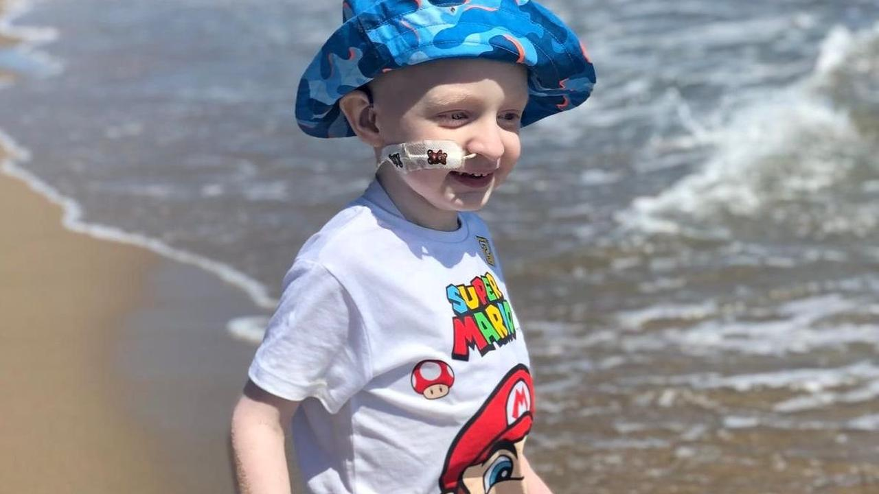 Bedfordshire four-year-old receives £1,000 donation towards life-changing cancer treatment