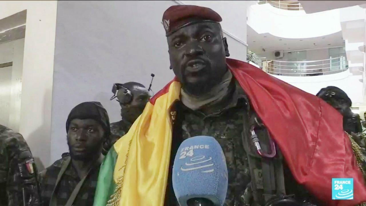 Coup d'État en Guinée : les forces spéciales affirment détenir le président Alpha Condé