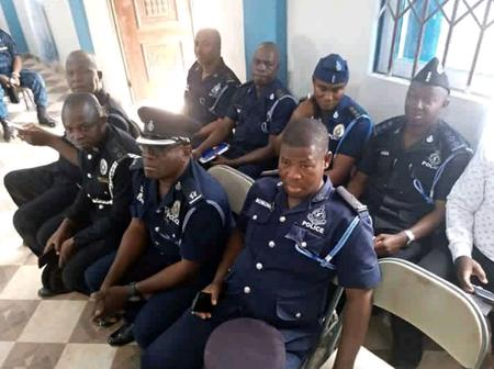 U/W: No Police Officer Takes Bribe at Check Points - PRO