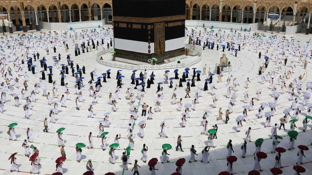 Mecca will only accept pilgrims with Covid 'immunity' from Ramadan in big change