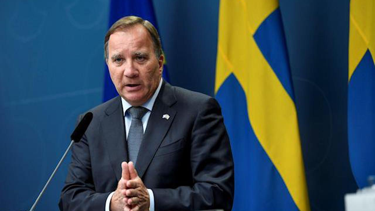 Swedish Left Party says political situation difficult after Centre drops rent reform demand