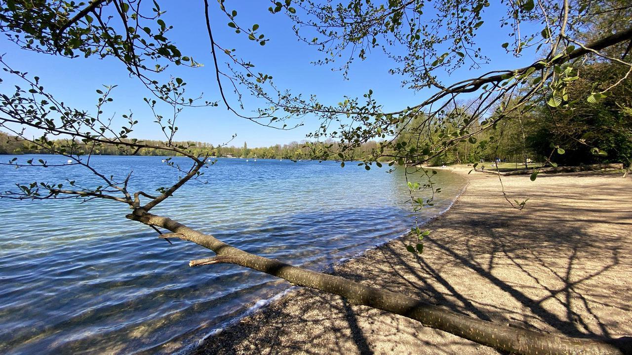 59-Jähriger nach Baden im Baggersee vermisst